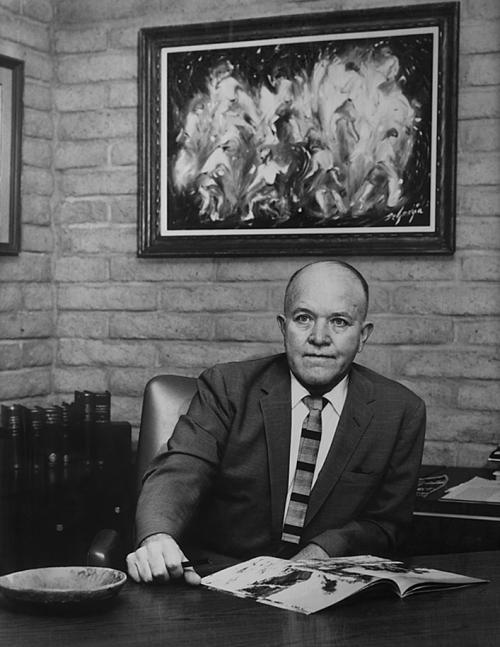 Arizona Highways Editor Raymond Carlson