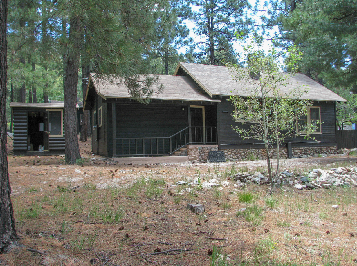cabin river oak cabins luxury for creek lakes arizona houses the in sale log rentals sedona on